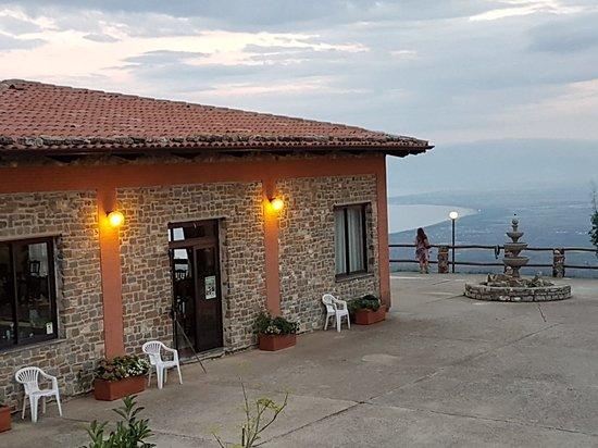 Plataci, إيطاليا: 20180908_191821_large.jpg