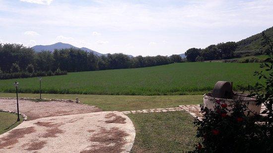 Piana di Monte Verna照片