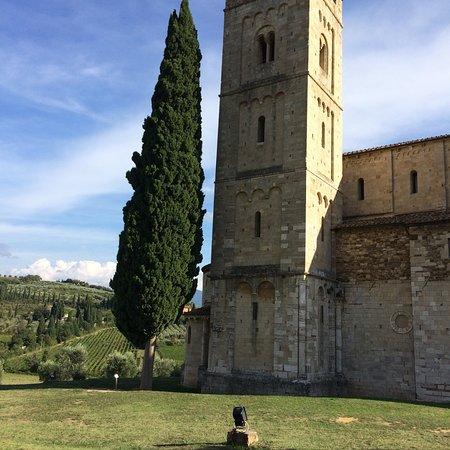 Abbazia di Sant'Antimo: photo0.jpg