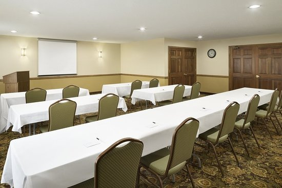 Grinnell, IA : Meeting room