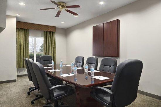 มันเตโน, อิลลินอยส์: Meeting room