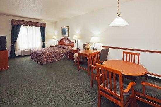 Country Inn & Suites by Radisson, Prairie du Chien, WI