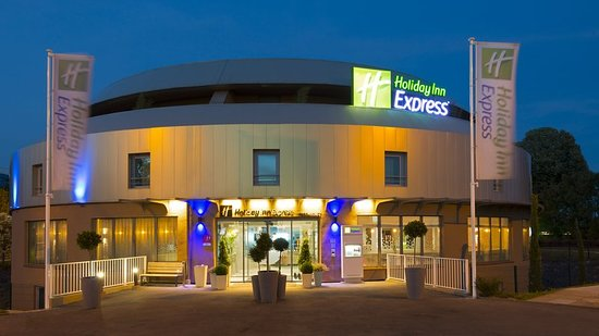 Holiday Inn Express Paris - Ve...