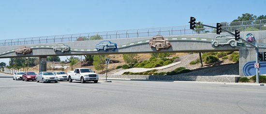 Pacific Electric Trail: Route 66 - Foothill Blvd.