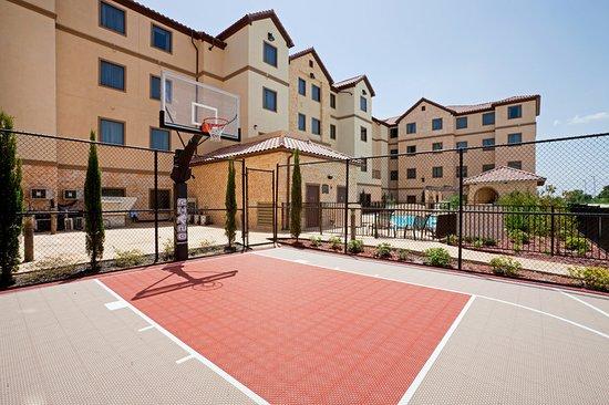 StayBridge Suites DFW Airport North: Recreation