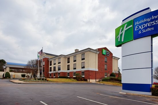 the meeting place review of holiday inn express suites. Black Bedroom Furniture Sets. Home Design Ideas