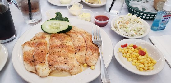 Crofton, MD: baked flounder with corn and coleslaw