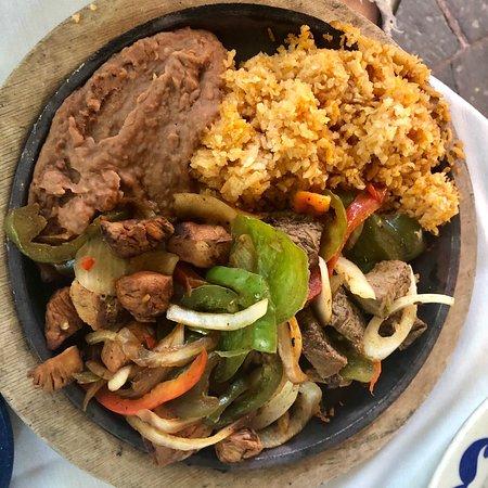 Joe T Garcia's Mexican Restaurant: photo1.jpg
