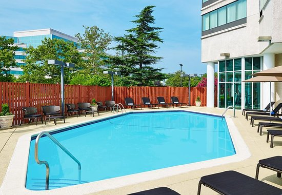 Beltsville, Maryland: Pool