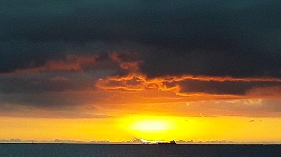 Sail Blue Hawaii LLC: Sunset in Sept.