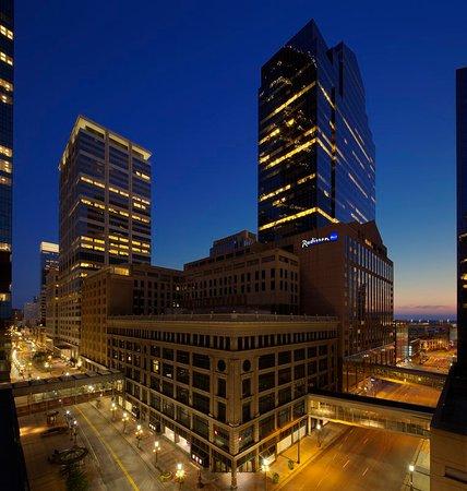 Radisson Blu Minneapolis Downtown: Exterior