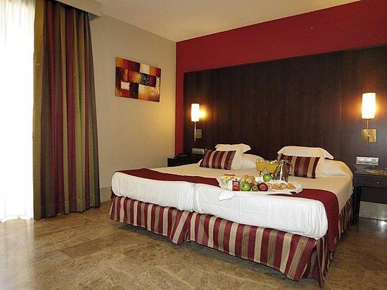 アトゥリオ ホテル