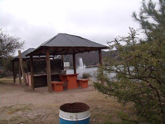 Parque Nativo: Quinchos y asadores