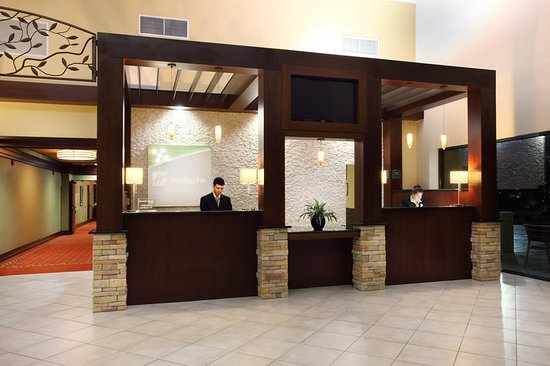 Holiday Inn-Asheville Biltmore West: Lobby