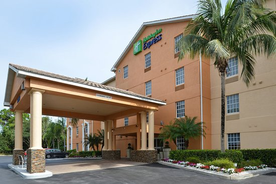 Holiday Inn Express Bonita Springs 99 1 0 Updated 2018 Prices Hotel Reviews Fl Tripadvisor