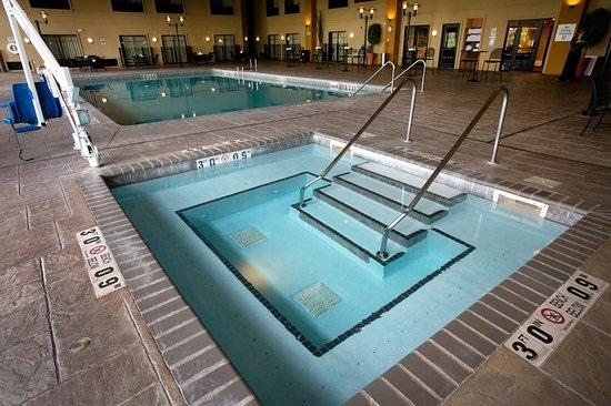 Lake Elmo, MN: Pool
