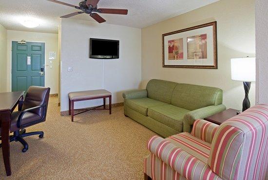 Country Inn & Suites by Radisson, Eau Claire, WI: Suite