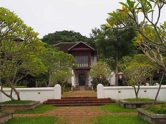 The Grand Luang Prabang Hotel & Resort: วังที่เป็นพิพิธภัณฑ์ในโรงแรม