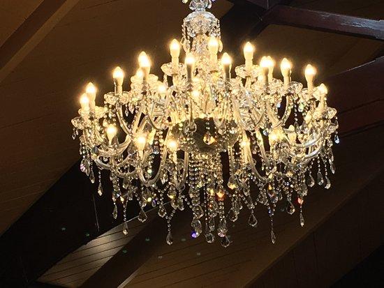 Larnach Castle & Gardens: Ballroom chandelier
