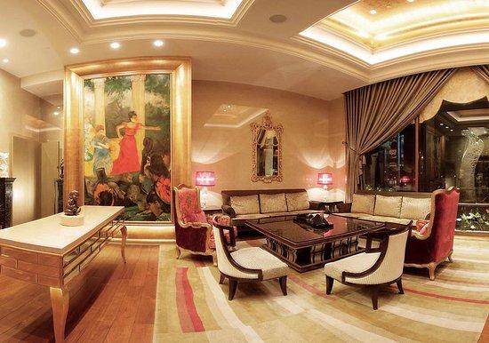 San Want Residences: Bar/Lounge