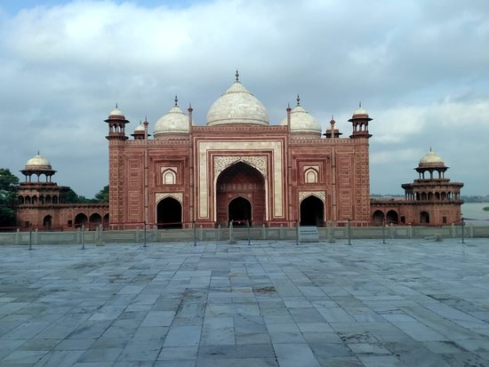 Image result for taj mahal mosque agra