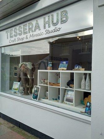 Tessera Hub