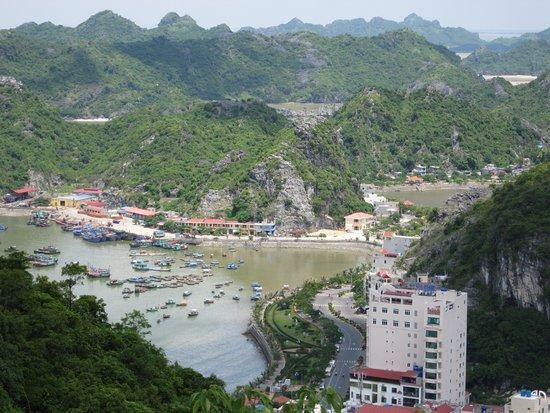 Cat Ba, Vietnam: the town view