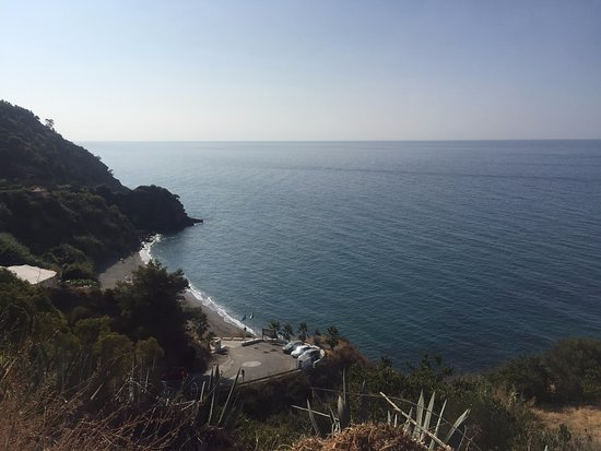 Maro, Spain: The view on the way down the hill