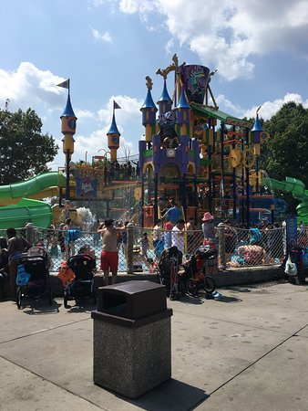 Sesame Place: Lots of fun even when crowded