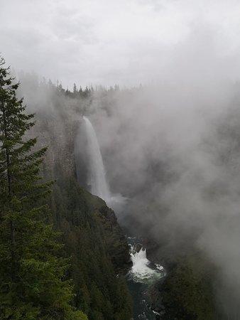 Helmcken Falls: IMG-20180909-WA0052_large.jpg