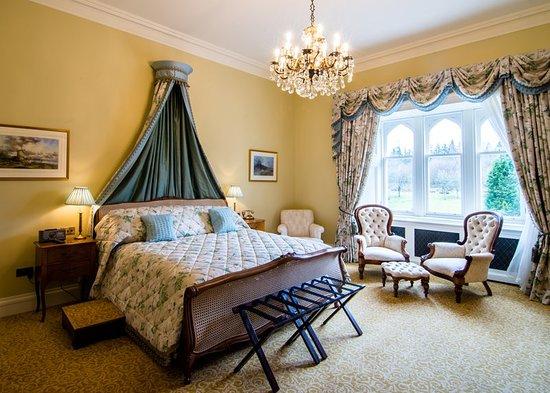 Blantyre, UK: Guest room