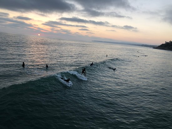 San Onofre, Kalifornie: Sunset surf session