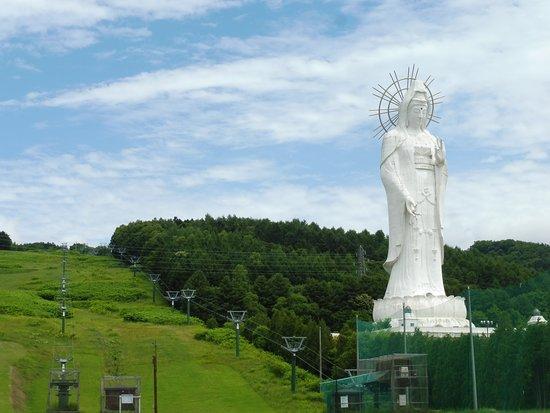Ashibetsu, Japan: リフトと観音様