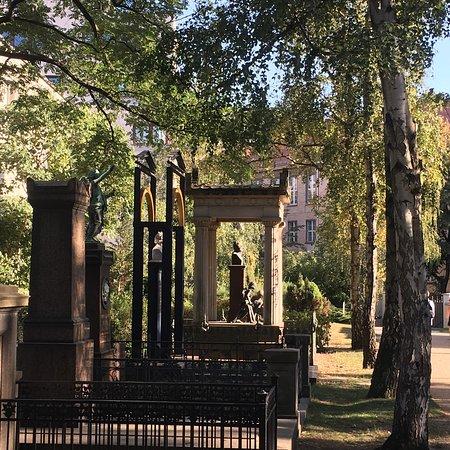 Dorotheenstadt Cemetery: photo7.jpg