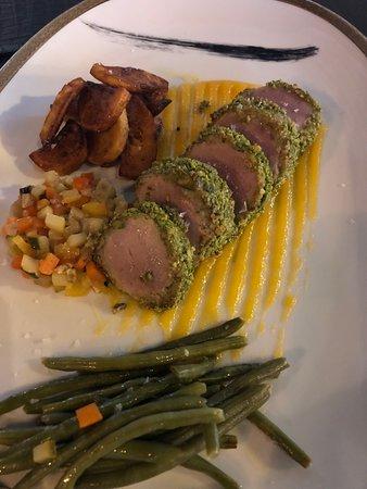 Da Cla Restaurant: Schweinefilet in Pistazienkruste mit Aprikosesauce