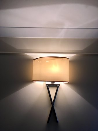 Airth, UK: cracked lamp shade