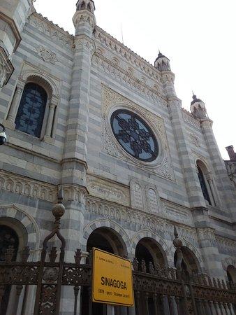 Sinagoga di Vercelli: La sinagoga di Vercelli, bellissimo tempio ebraico