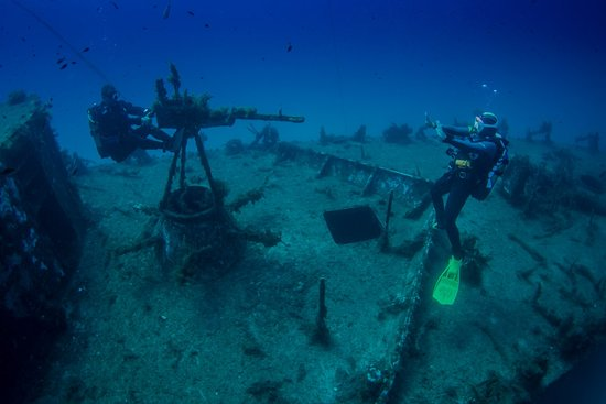 Dive on Malta: Wreck diving on P29