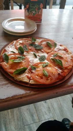 The Pizza Factory: Pizza margerita