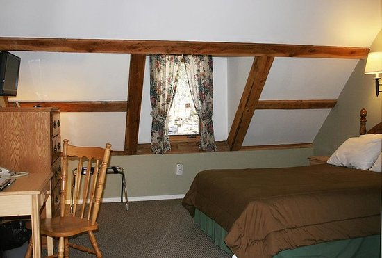 Taos Ski Valley, NM: Guest room