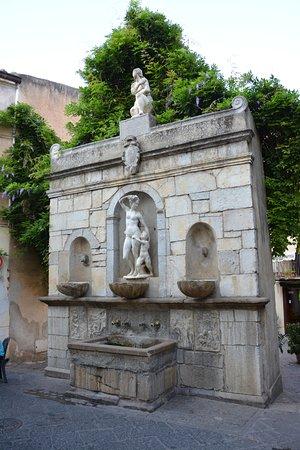 Fontana Venere Ciprea (Quattru Cannola): Fontana della Venere Ciprea