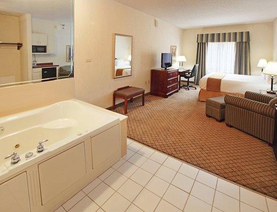 Camden, Арканзас: Suite
