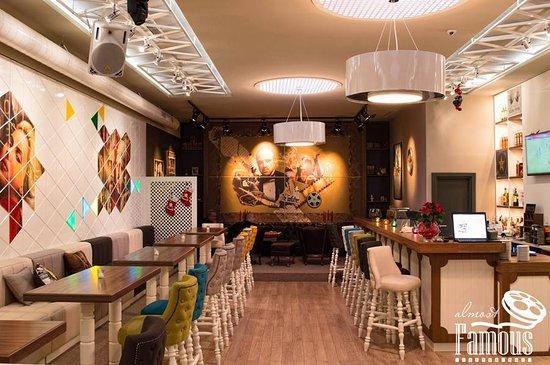Razgrad, بلغاريا: cozy bar