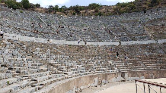 Efes Antik Tiyatro Selçuk Izmir Picture Of Efes Antik Kenti