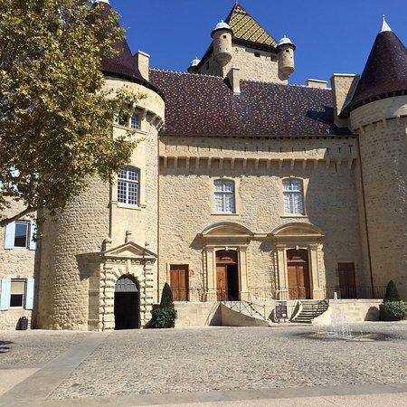 Restaurant Place Du Chateau Aubenas