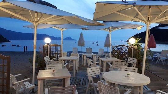 Partinello, Frankrike: Paillote Restaurant U Caspiu