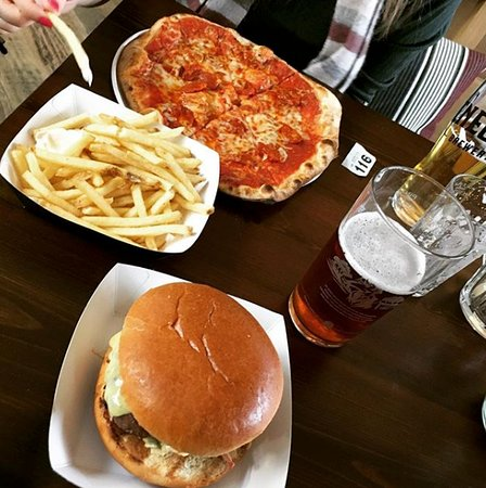 Yattendon, UK: Our first visit. Food was very tasty even then but its improved loads since.