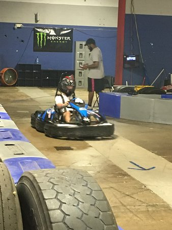 Indoor Go Karts Nashville >> Fast Karts On 1 4 Mile Track Picture Of Music City Indoor Karting