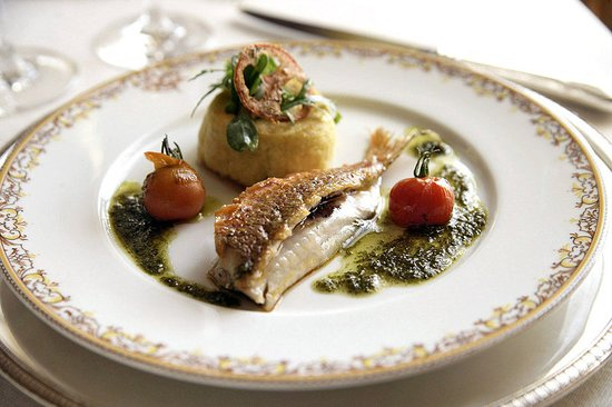 Chateau-Arnoux, فرنسا: Restaurant