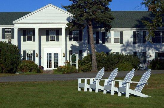 Newagen, Maine: Exterior